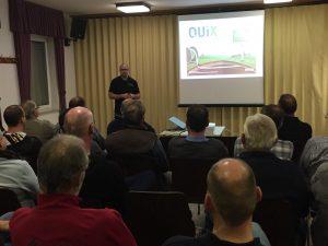 Holger Rusche von der Firma Inexio informiert über den Breitbandausbau im Rhein-Lahn-Kreis und in Eschbach.